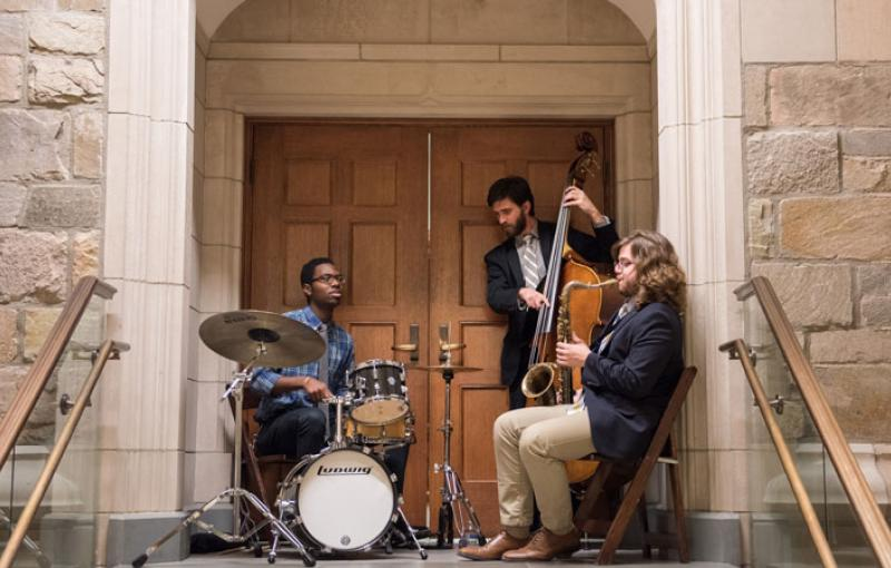 Jazz musicians play on campus